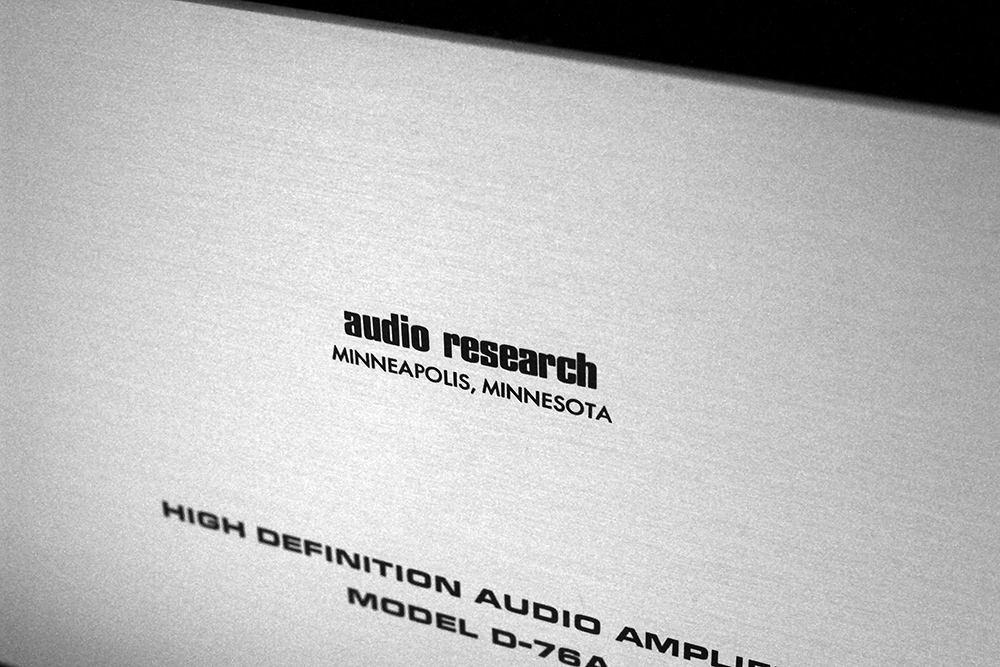 Audio Research D-76A